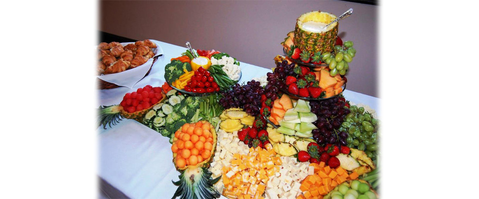 fruit_cheese_vegetable_tray